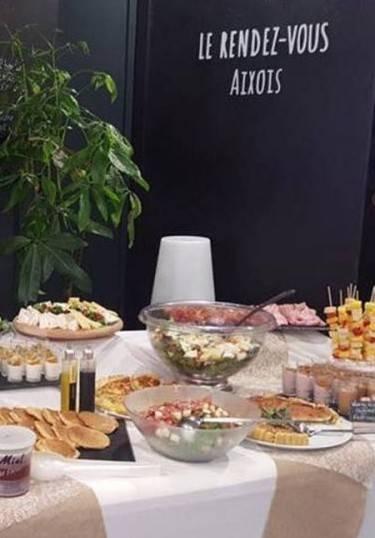 Le restaurant - Le Rendez-Vous Aixois - Cours Mirabeau Aix-En-Provence